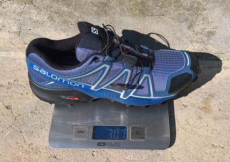 hvad vejer salomon speedcross 4?